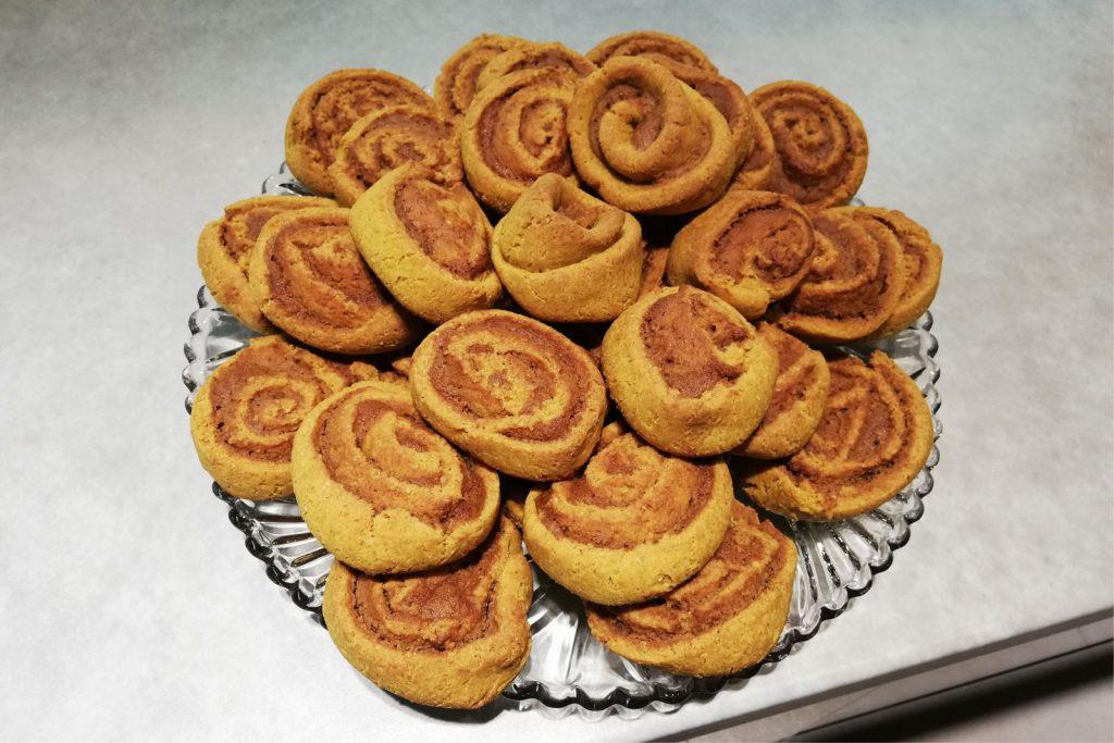 bezglutenowe bułeczki cynamonowe, gluten free cinnamon rolls